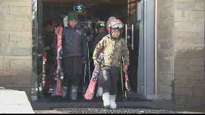 Pakistan girl defies disability with skiing skills [Video]