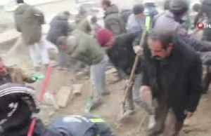 Nine dead in Turkey after quake hits rural Iran border region