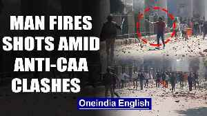 Unidentified man fires 8 rounds amid violence over CAA in Delhi| OneIndia News [Video]