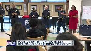 Southfield's new police chief meets with high school students about serious fights [Video]