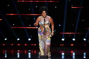 Lizzo Wins Entertainer of the Year at 2020 NAACP Image Awards [Video]