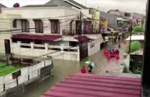 Floods engulf Indonesian capital [Video]