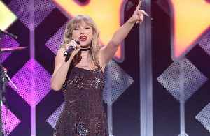Taylor Swift's amazing transformation to become 'The Man' [Video]