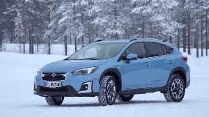 The new Subaru XV ECO HYBRID Offroad Snow driving [Video]