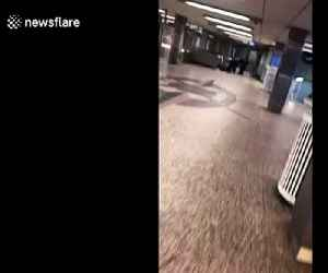 Shocking scene man tackled down at Chicago train station [Video]
