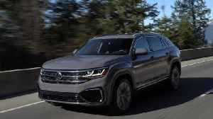 2020 Volkswagen Atlas Cross Sport in Pure Gray Driving Video [Video]