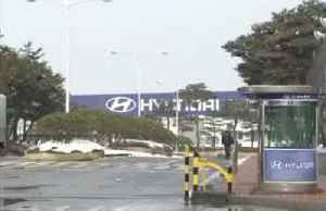 Hyundai shuts down factory due to infected worker