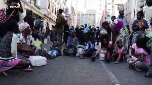 South African authorities remove migrants squatting in Cape Town [Video]