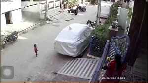Tractor ploughs into residential street in India after driver has seizure at the wheel [Video]