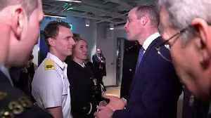 Prince William jokes about spreading coronavirus in Dublin [Video]