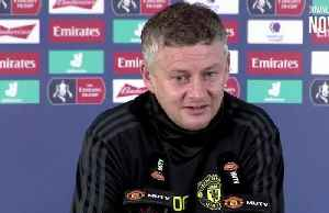 'Old dog' Rooney will want to prove a point against United says Solskjaer [Video]