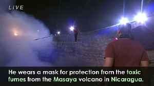 Daredevil Nik Wallenda walks high above active volcano [Video]