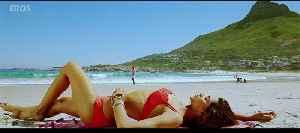 Cocktail Movie (2012) - Clip - Deepika sunbathing [Video]