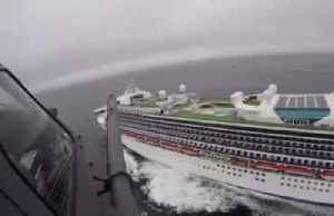 National Guard flies coronavirus testing kits to cruise ship [Video]