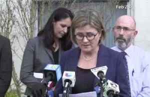 California health official licks finger during coronavirus newser [Video]