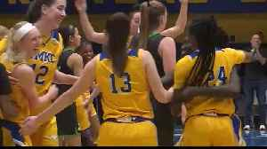 KC Roos women's basketball team wins league championship [Video]