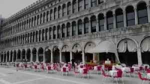 Venice streets empty ahead of coronavirus quarantine [Video]