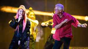 Meghan Trainor's father doing 'so much better' after car accident [Video]