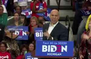 Biden's Michigan campaign joined by Booker and Harris [Video]