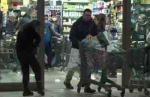 Shoppers panic buy at supermarket after Italy announces countrywide lockdown [Video]