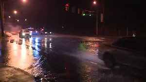 Water main break closes left two lanes of Cedar Hill [Video]
