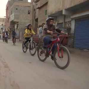 Girls-only cycling group fights gender norms head-on in Pakistan [Video]