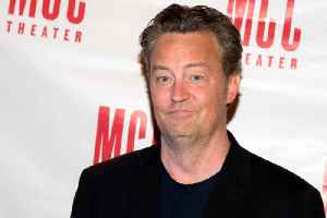 Matthew Perry hilariously throws shade at 'The Bachelor' [Video]
