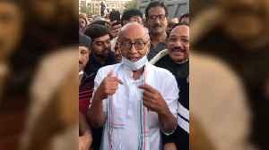 Congress leader Digvijaya Singh taken into preventive custody in Bengaluru [Video]