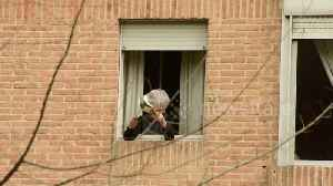 In Spain, quarantined protesters hang out of their windows banging pots and pans in anti-monarchy protest [Video]
