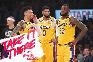 Inside Lakers Locker Room [Video]