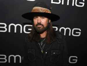 Billy Ray Cyrus' Facetime lessons from his mother [Video]