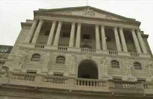 Bank of England cuts rates to 0.1%, ramps up bond-buying [Video]
