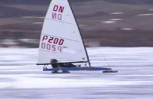 Ice yachters brave the coronavirus and the icy Russian cold. [Video]
