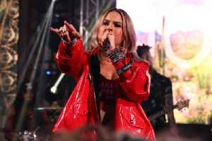 JoJo performs a coronavirus-inspired rewrite of hit single 'Leave (Get Out)' [Video]