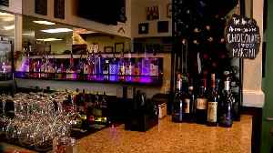 Colorado restaurants get some relief after Governor Polis relaxes rules on alcohol sales [Video]