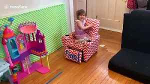US dad builds homemade obstacle course for kids during self-isolation [Video]