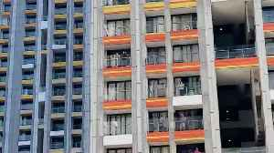 People Come to Their Balconies and Clap to Show Gratitude to Healthcare Professionals [Video]