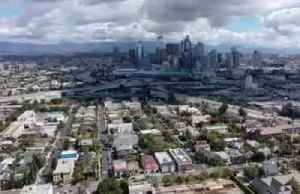 Los Angeles traffic obliterated by coronavirus lockdown [Video]