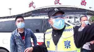 Vehicles queue up on highway to enter Wuhan after nearly two-month coronavirus lockdown [Video]