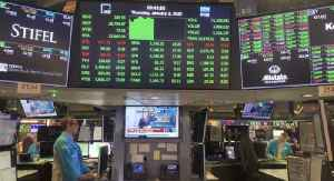Dow Rallies More Than 2,000 Points on Stimulus Hopes [Video]