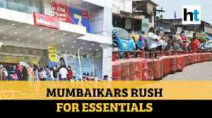 COVID-19: People rush for gas, groceries in Mumbai amid nationwide lockdown [Video]