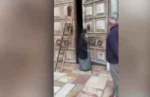 Jerusalem's Church of the Holy Sepulchre closes amid coronavirus fears [Video]