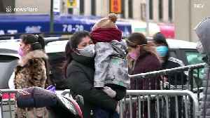 News video: New York hospital sees 13 COVID-19 deaths in 24-hours as residents queue for tests