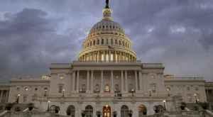 Deal Is Struck on $2 Trillion Coronavirus Stimulus Bill [Video]