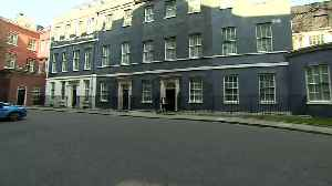 Dominic Cummings seen running out of No 10 [Video]