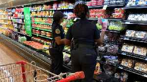 Cops In Florida Are Running Errands For Seniors [Video]