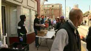 Daily Bread: Group putting food on the table for those in need [Video]