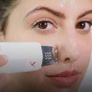 This skincare device extracts your pores and infuses your serums [Video]