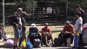Cape Town authorities offer tents to city's homeless during coronavirus outbreak [Video]
