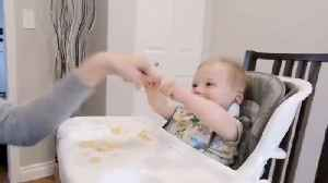 Mom fist bumping with baby causes hilarious giggle fit [Video]